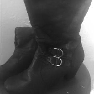 KIM ROGERS Black, kitten heeled, mid-calf boot 9